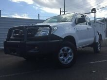 2010 Toyota Hilux KUN26R MY10 SR Xtra Cab White 5 Speed Manual Cab Chassis Dandenong Greater Dandenong Preview