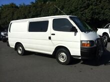 2004 Toyota Hiace RZH103R SWB White 5 Speed Manual Van West Mackay Mackay City Preview
