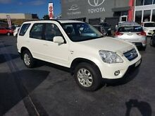2005 Honda CR-V 2005 Upgrade (4x4) Sport White 5 Speed Manual Wagon Taylors Beach Port Stephens Area Preview