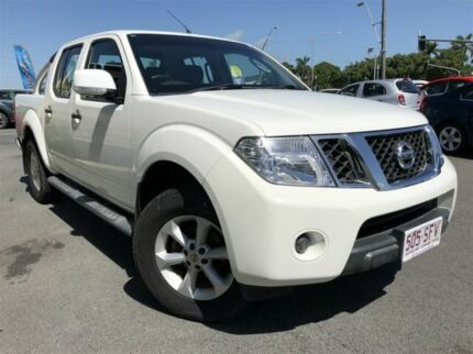 2011 Nissan Navara D40 ST (4x4) White 5 Speed Automatic Dual Cab Pick-up Mackay Mackay City Preview