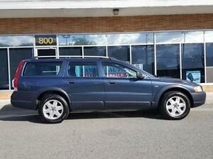 2005 Volvo XC70 2.5 TURBO-CROSS COUNTRY----LEATHER-SUNROOF
