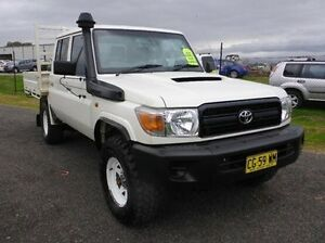 2013 Toyota Landcruiser VDJ79R MY13 Workmate Double Cab White 5 Speed Manual Cab Chassis Singleton Singleton Area Preview