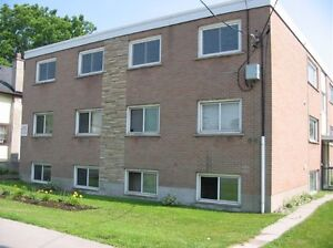 BRIGHT 2 BEDROOM UNIT NEAR KINGSTON CENTRE - 196-8 Concession St