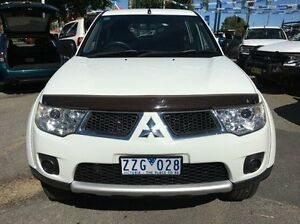 2011 Mitsubishi Challenger PB (KG) MY12 White 5 Speed Manual Wagon Wodonga Wodonga Area Preview