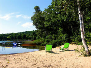 Last minute stays at your own private lakefront cottage rental!
