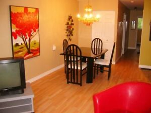 STSTUDENTS:  SPACIOUS UPSCALE HOUSE, minutes to campus