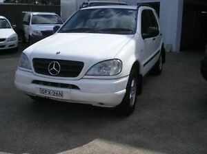 1999 Mercedes-Benz ML320 W163 MY2000 Classic White Automatic Wagon Woodbine Campbelltown Area Preview