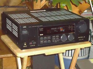 PUISSANT AMPLI CINÉMA MAISON JVC  RX-774 de 310 W +Prise Phono