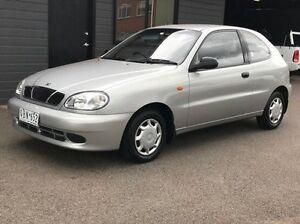 1999 Daewoo Lanos SE Silver 5 Speed Manual Hatchback Thomastown Whittlesea Area Preview