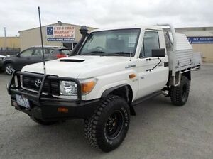 2009 Toyota Landcruiser White Manual Cab Chassis Pakenham Cardinia Area Preview