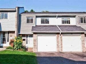 CLOSE TO PICKERING TOWN CENTRE. NICE CLEAN 3 BEDROOM HOME.