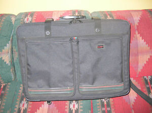 Large Black Stradellina Suitcase