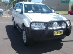 2013 Mitsubishi Challenger PB (KH) MY13 LS White 5 Speed Sports Automatic Wagon Dubbo Dubbo Area Preview