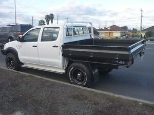2011 Toyota Hilux KUN26R MY10 SR White 5 Speed Manual Cab Chassis Fawkner Moreland Area Preview