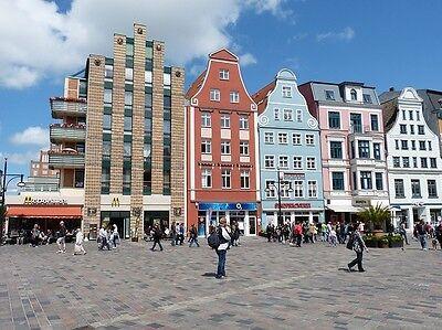 Wunderschöne Architektur in der City von Rostock.