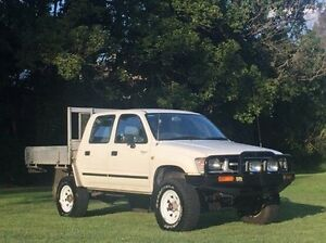 1999 Toyota Hilux RZN169R SR5 White 5 Speed Manual Utility Albion Brisbane North East Preview