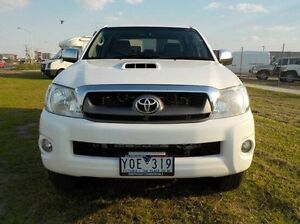 2011 Toyota Hilux White Automatic Utility