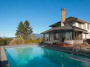 Panoramic Ocean and mountain house close to UBC