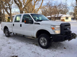 2013 Ford F-250 XL/ safetied/ private sale