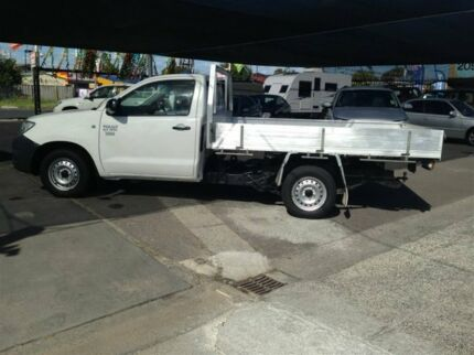 2009 Toyota Hilux TGN16R 09 Upgrade Workmate White 5 Speed Manual Cab Chassis Maidstone Maribyrnong Area Preview