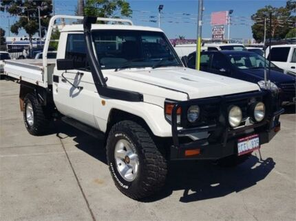 2006 Toyota Landcruiser HDJ79R (4x4) White 5 Speed Manual 4x4 Cab Chassis Cannington Canning Area Preview
