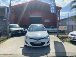 2013 Hyundai i20 PB MY14 Active White 6 Speed Manual Hatchback Clontarf Redcliffe Area Preview