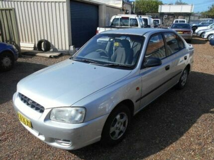 2002 Hyundai Accent LC GL Silver 5 Speed Manual Sedan Islington Newcastle Area Preview