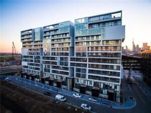 Modern Large One Bedroom Unit With A Breathtaking East View
