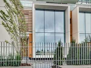 Pier 27 - Rare Lakeside Townhome Private Elevator, 2 Ensuites
