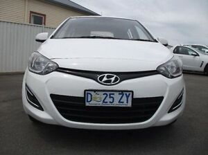2014 Hyundai i20 PB MY14 Active White 6 Speed Manual Hatchback Devonport Devonport Area Preview
