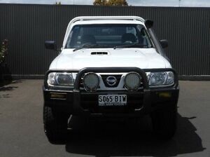 2006 Nissan Patrol GU II DX White 5 Speed Manual Cab Chassis Mount Gambier Grant Area Preview