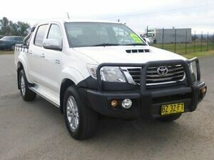 2014 Toyota Hilux KUN26R MY14 SR5 Double Cab White 5 Speed Automatic Utility Singleton Singleton Area Preview