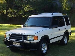 1996 Land Rover Discovery TDI White 5 Speed Manual Wagon Albion Brisbane North East Preview