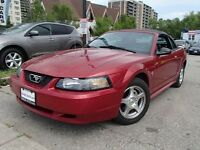 2003 Ford Mustang convertible Manual/ Leather seat 91000KM.
