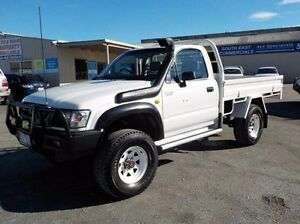 2002 Toyota Hilux  White Manual Cab Chassis Pakenham Cardinia Area Preview
