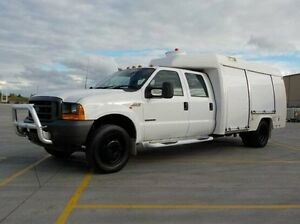 2003 Ford F250 White Automatic Utility