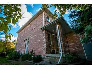 4 Bed, 2.5 Bath Home For SALE in BARRIE'S NORTHWEST END