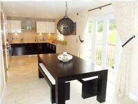 Stunning 4 bedroom detached house to rent, wonderful views overlooking golf course