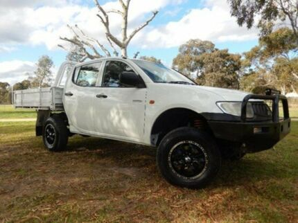 2008 Mitsubishi Triton ML MY08 GLX Double Cab White 5 Speed Manual Cab Chassis Doveton Casey Area Preview