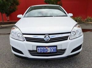 2007 Holden Astra AH MY07 CD White 5 Speed Manual Hatchback Cannington Canning Area Preview