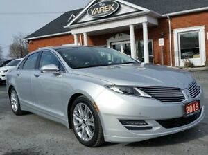 2015 Lincoln MKZ AWD, Tech Pkg, Pano Roof, NAV, Heated/Cooled Le