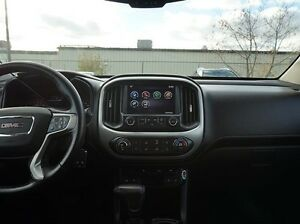 2015 GMC Canyon 4WD SLT Peterborough Peterborough Area image 17