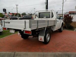 2013 Mitsubishi Triton MN MY14 GL White 5 Speed Manual Cab Chassis Gympie Gympie Area Preview
