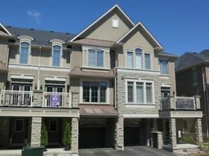 BEAUTIFUL 2 BEDROOM TOWNHOUSE FOR RENT IN OAKVILLE