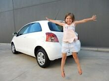 2008 Toyota Yaris NCP90R YR White 4 Speed Automatic Hatchback Braeside Kingston Area Preview