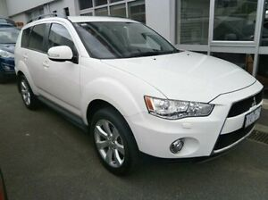 2011 Mitsubishi Outlander ZH MY11 XLS White 6 Speed Constant Variable Wagon Blackburn Whitehorse Area Preview