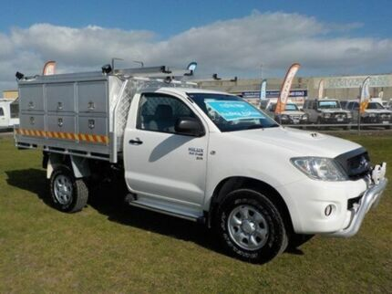 2010 Toyota Hilux KUN26R MY10 SR White 5 Speed Manual Cab Chassis Pakenham Cardinia Area Preview