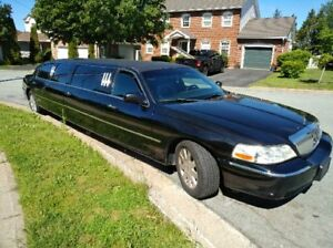 2004 Stretch Limo 5 Door ( Lincoln Town Car)