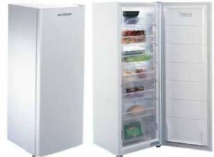 266L Fridge Fisher Paykel CAn Delivery Box Hill Whitehorse Area Preview
