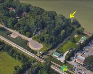 $1,575,000 - Residential Lot for sale in Lakeshore